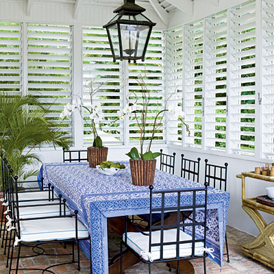Indoor dining by Meg Braff, Round Hill Resort, photo: J. Savage Gibson, Coastal Living