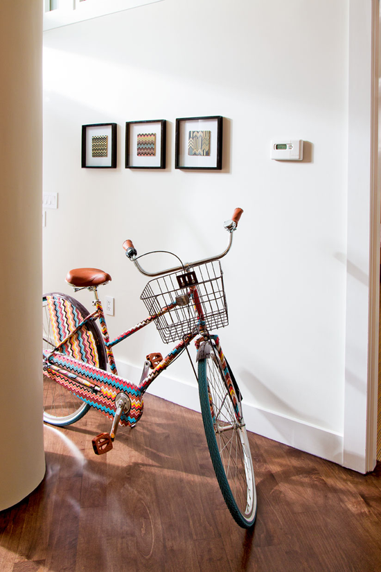 Missoni bicycle as convo piece, photo: Joe Standart Traditional Home
