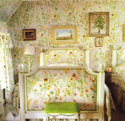 Bedroom by Nancy Lancaster, photo: The Peak of Chic